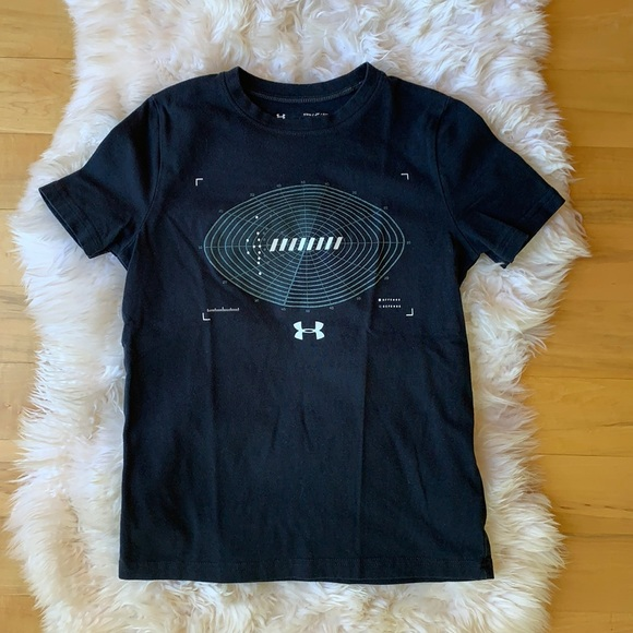 Under armour tee, size youth Small